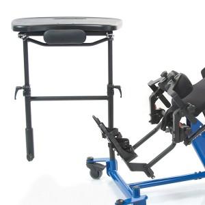 Черный столик ShadowTray вместе с откидывающейся передней частью тренажера