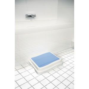 Ступенька для ванной