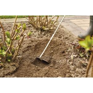 Садовая тяпка эргономичная с длинной рукояткой